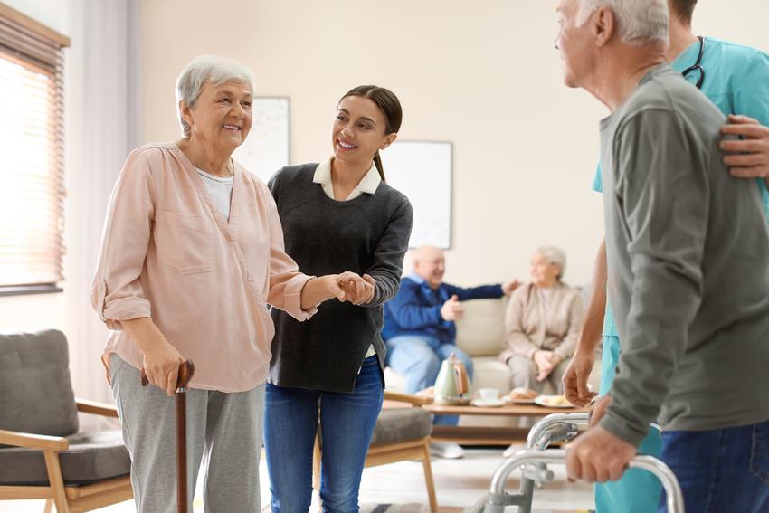 opieka nad seniorem w parze