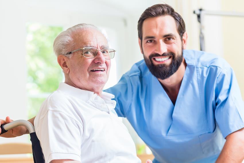 Podatek i jego zwrot dla opiekuna seniora