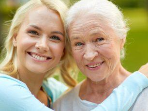 dlaczego warto pracować jako opiekunka osób starszych