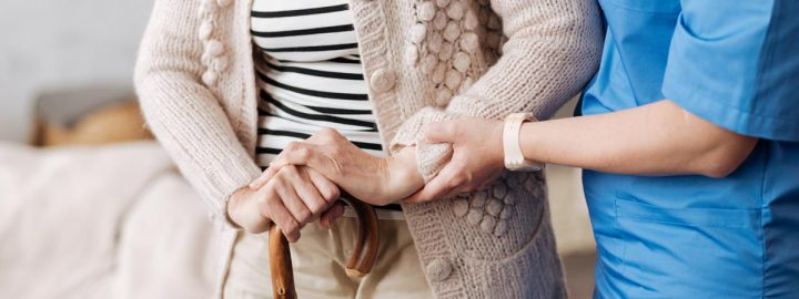 Jak łagodzić ból u seniora